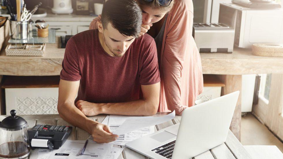 Como poupar nas despesas da casa